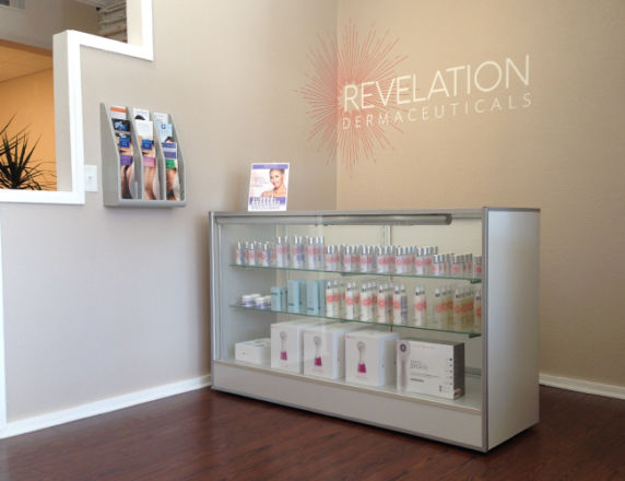 Wall Graphics <b>Revelation Dermaceuticals</b>